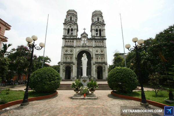 vietnam-airlines-tung-ve-di-ha-noi-thang-7-sieu-re-13-06-2017-1