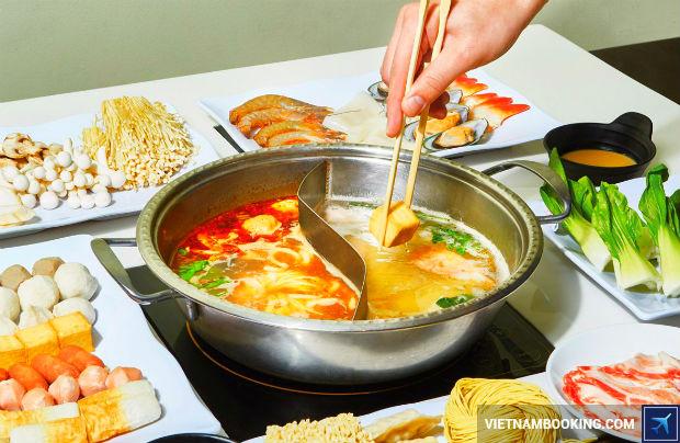 Mua-ve-re-tu-Sai-Gon-kham-pha-canh-dep-Quang-Chau-1-6-7-2017