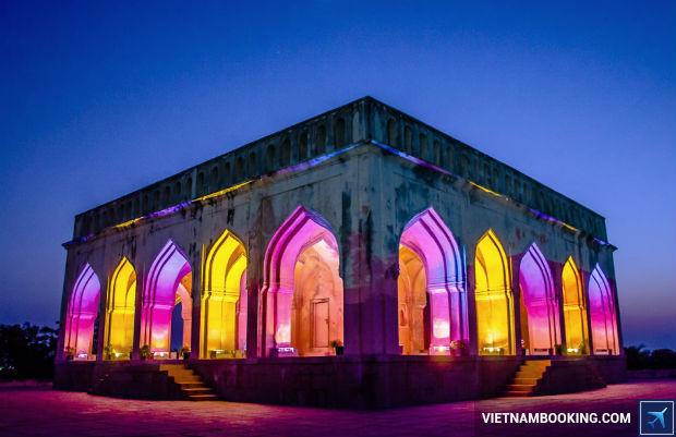 Nhung-diem-tham-quan-an-tuong-tai-Hyderabad-1-20-7-2017