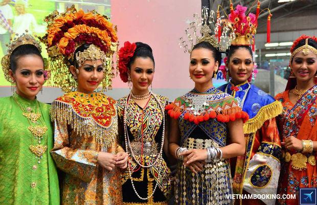San-ve-may-bay-khuyen-mai-sieu-re-di-Malaysia-3-5-7-2017