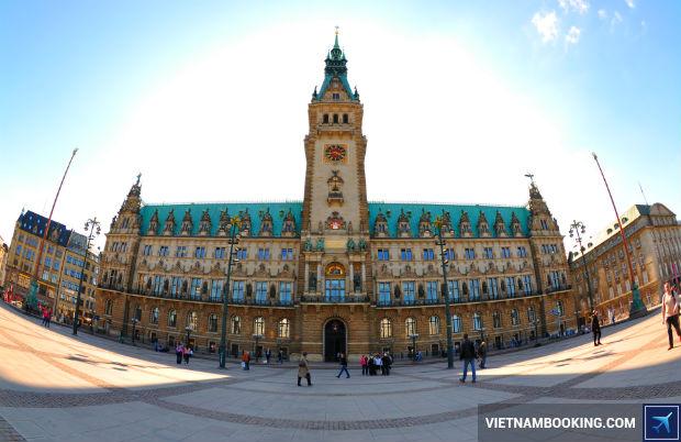 San-ve-tu-Ha-Noi-kham-pha-Hamburg-xinh-tuoi-1-17-7-2017.JPG