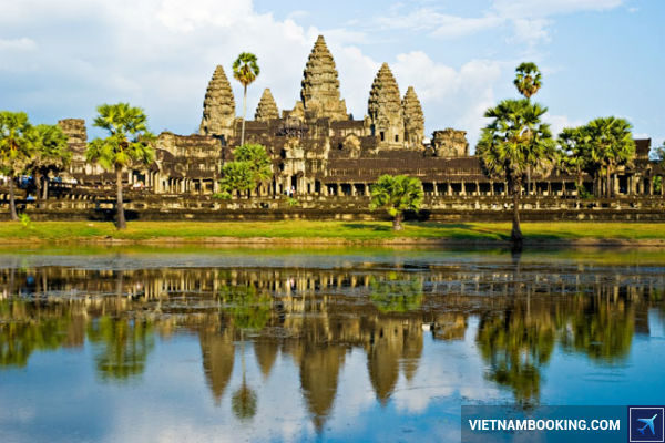 Ve-may-bay-khu-hoi-TPHCM-Campuchia-thang-8-2017-sieu-re-21-7-2017-1