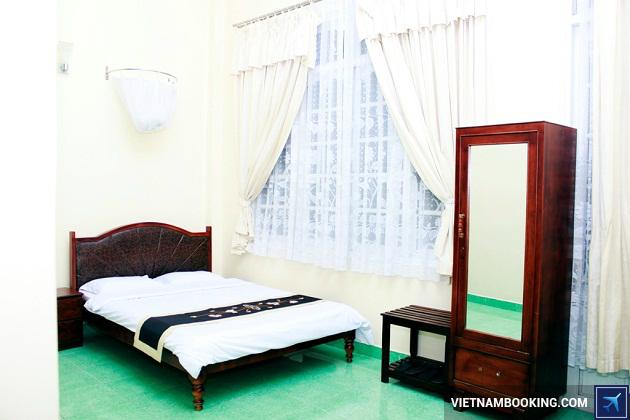 Khách sạn Đà Lạt nằm ở Trung tâm Hòa Bình