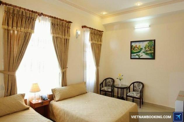 Khách sạn Đà Lạt nằm trên đường Nguyễn Thị Minh Khai