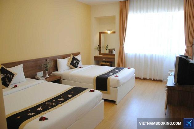 Khách sạn ở trên đường Nguyễn Thị Minh Khai Đà Lạt