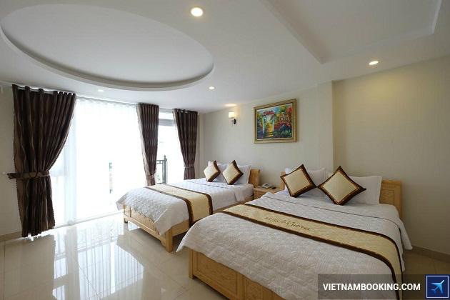 Khách sạn Europa Hotel nằm trên đường Nguyễn Chí Thanh Đà Lạt