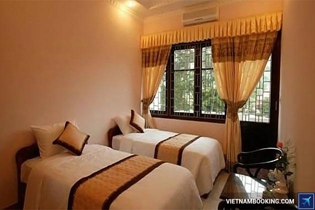 Khách sạn nằm trên đường Yersin Đà Lạt