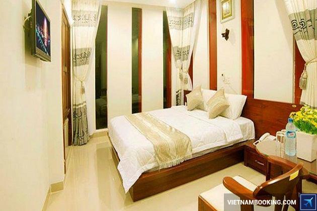 Khách sạn tiện nghi nằm trên đường Nguyễn Tất Thành Đà Nẵng