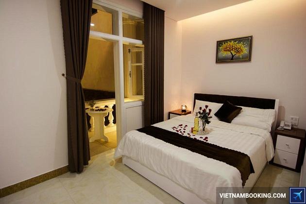 Khách sạn trên đường Nguyễn Văn Linh Đà Nẵng