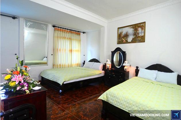 Khách sạn xứ Huế