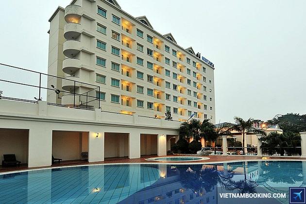 Khách sạn trên đường Lý Thường Kiệt Huế