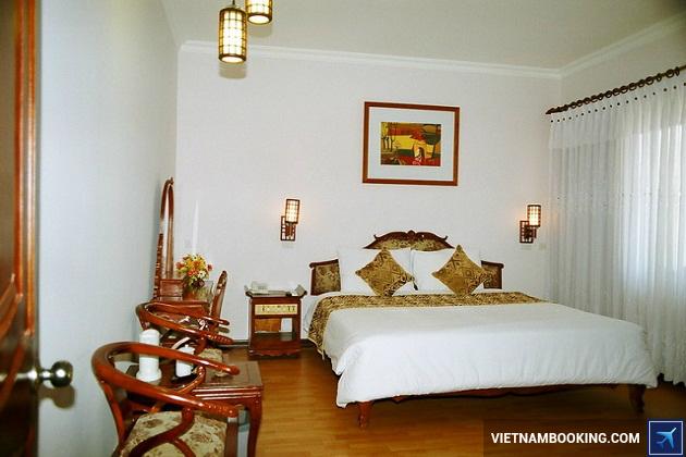 Khách sạn tại đường Lý Thường Kiệt Huế