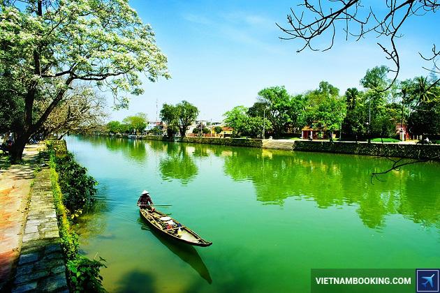 Khách sạn Huế gần sông Hương
