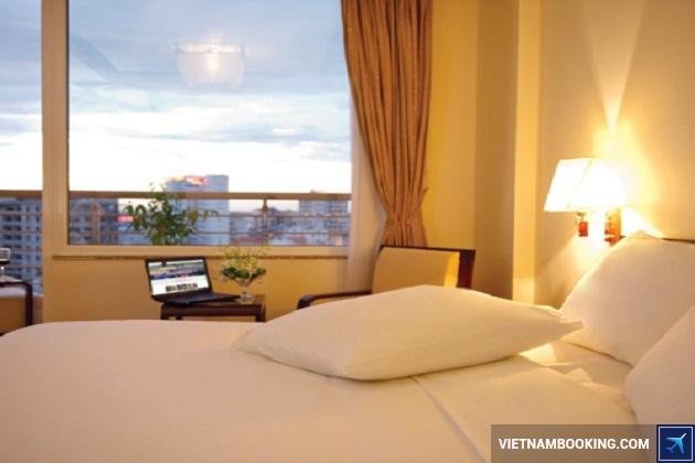 Đặt phòng khách sạn Huế giá rẻ