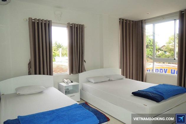 Khách sạn giá rẻ nằm trên đường Trần Phú Nha Trang