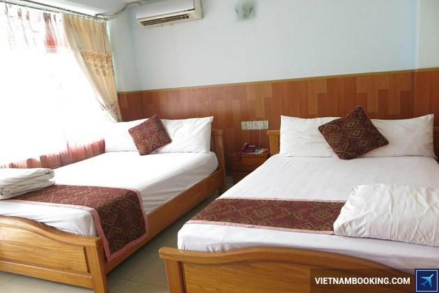 Khách sạn ở trên đường Trần Phú Nha Trang