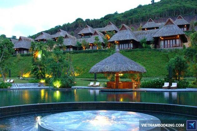 Khách sạn Nha Trang có bãi biển riêng