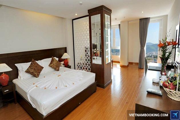 Khách sạn trên đường Nguyễn Thiện Thuật Nha Trang