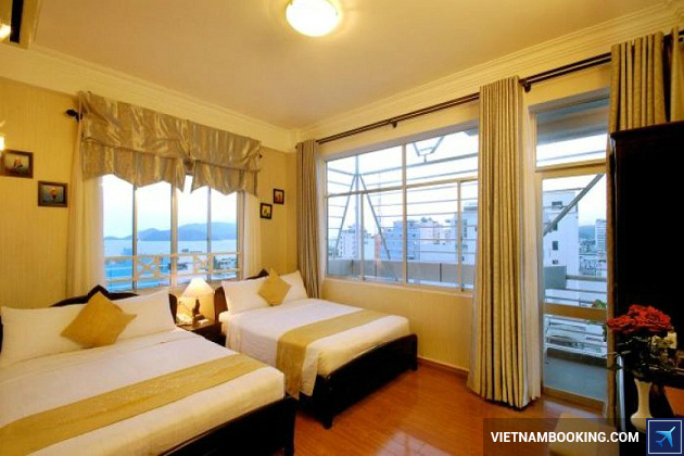 Khách sạn 4 sao Nha Trang