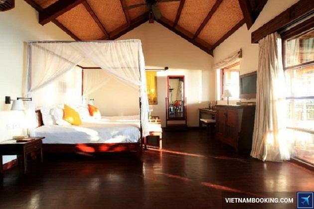 Khách sạn khám phá Nha Trang'