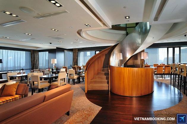 Khách sạn ở singapore có hồ bơi