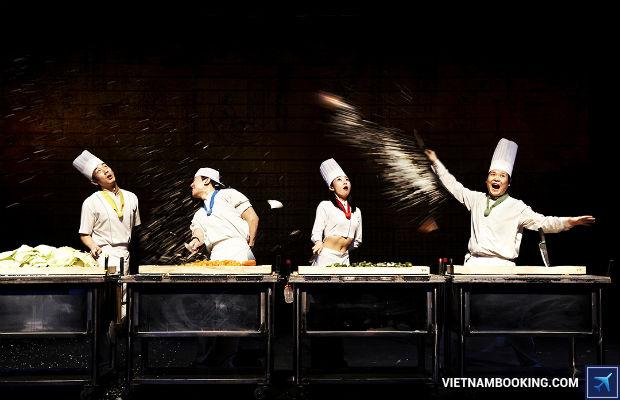 Tour du lịch Hàn Quốc mùa lá đỏ 5N4Đ: Nami – Everland – Cung điện hoàng gia