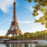 Mua vé máy bay từ TPHCM đi Pháp tháng 8 cực rẻ