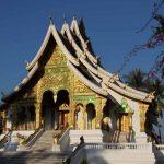 Mua vé rẻ đi Lào tham quan cố đô Luang Prabang