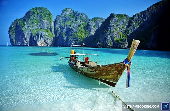 ve may bay di Phuket
