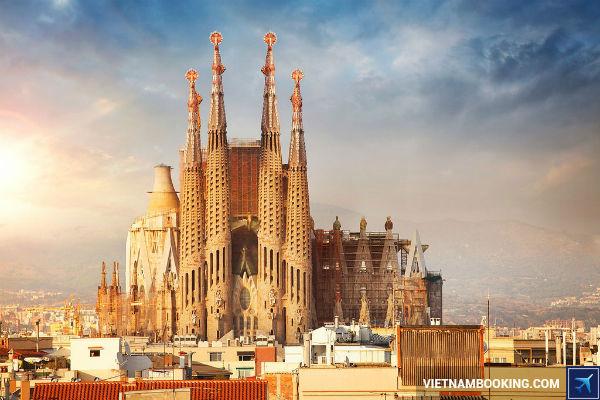 ve-may-bay-tu-tphcm-di-Barcelona-thang-8-2017-cuc-re-13-7-2017-3
