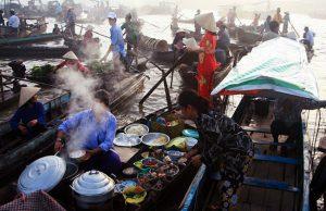 Đến Cần Thơ tìm hiểu về những quán ăn di dộng trên sông