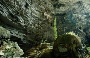 Hành trình khám phá các hang động ở Quảng Bình
