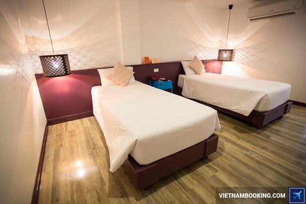 Khách sạn First House Hotel Bangkok