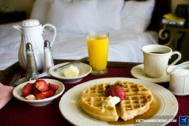 Khách sạn phục vụ ẩm thực 24 giờ không