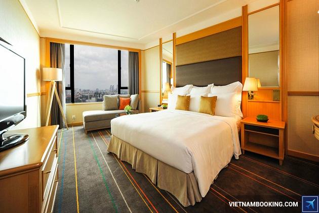 Khách sạn Renaissance Riverside thành phố Hồ Chí Minh
