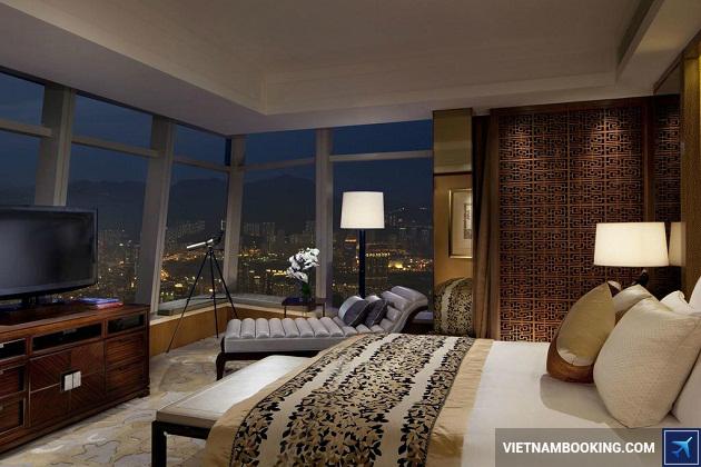 Khách sạn cao nhất thế giới ở Hồng Kông