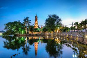 Thăm những ngôi chùa cổ Hà Nội với vé máy bay giá rẻ Vietnam Airlines