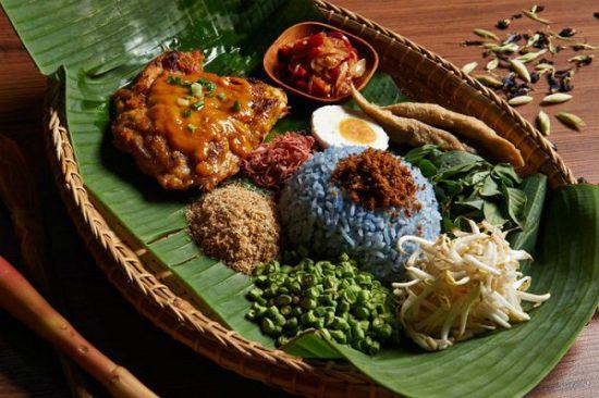 du lịch malaysia nên ăn gì