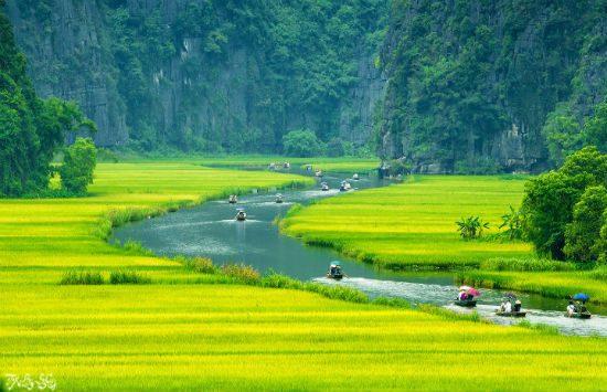 Tour Ninh Bình 1 ngày: Thưởng ngoạn thắng cảnh Hoa Lư – Tam Cốc