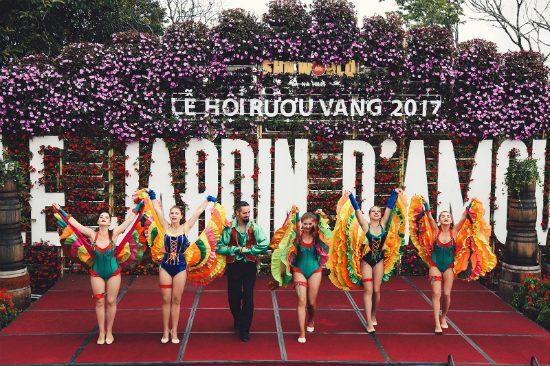 tour miền trung của vietnambooking