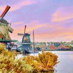 Có một ngôi làng cối xay gió đẹp ảo diệu giữa Hà Lan