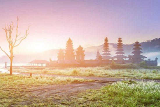 địa điểm du lịch nổi tiếng của indonesia