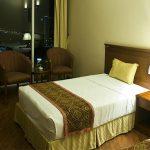 Khách sạn Crown Hạ Long