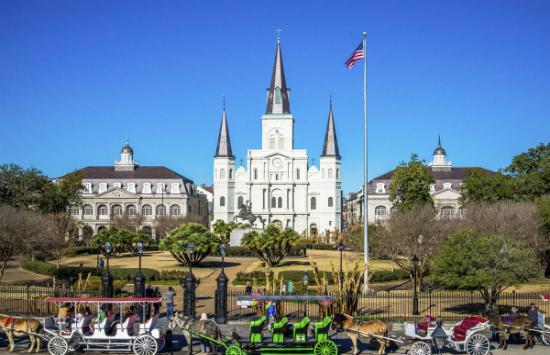 book vé máy bay giá rẻ nhất từ đà nẵng đi New Orleans