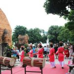 Rinh vé giá rẻ đi Nha Trang tháng 4 – tham dự lễ hội Tháp Bà độc đáo