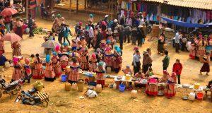 Lên Sapa tham gia chợ phiên Bắc Hà với giá cực rẻ