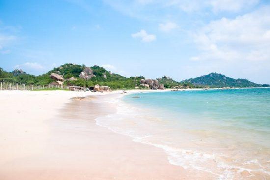 Bãi biển Vàn Chảy - Tour du lịch Cô Tô