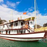 Tour du lịch Vịnh Hạ Long 2 ngày 1 đêm: Du Thuyền Golden Star 3*** sang trọng