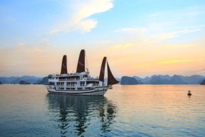 Tour du lịch Hà Nội – Vịnh Hạ Long – Du Thuyền 4 sao Aclass Stellar  2N1Đ