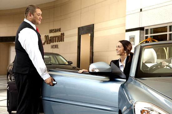 Dịch vụ đưa đón là một trong những thứ miễn phí ở khách sạn